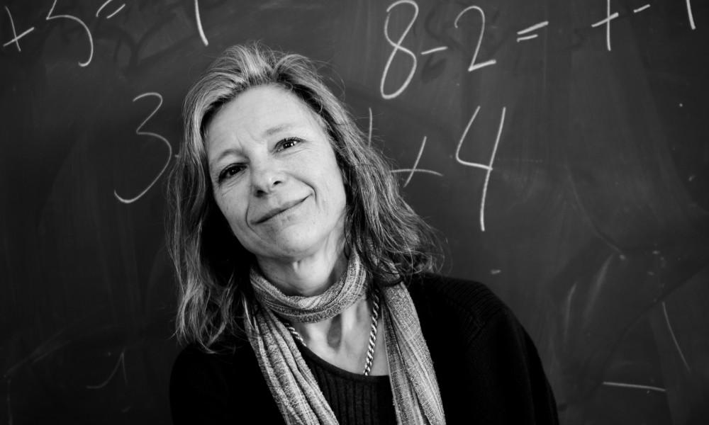 Agneta Gulz ser att digitala hjälpmedel för inlärning gynnar svagare elever.
