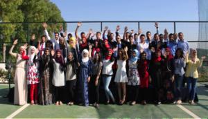 Studenter tar examen 2015 med stipendier från ULYP.