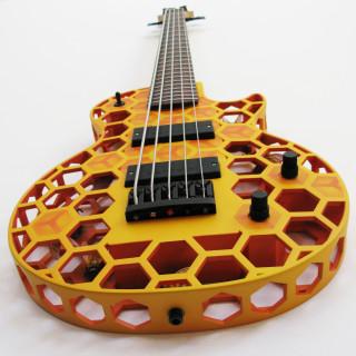 Gitarr utskriven med 3 D skrivare